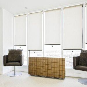 3 вида рулонных штор на пластиковые окна и что о них нужно знать
