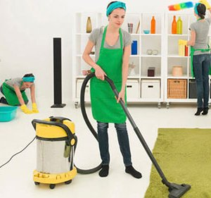 Уборка в доме: доверьте грязную работу клининговой компании