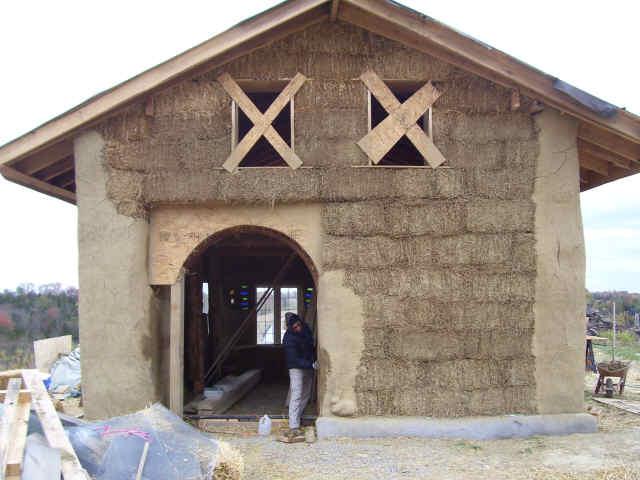 дом из соломы своими руками (2)