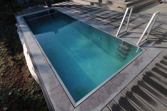 бассейн из нержавейки для дачи