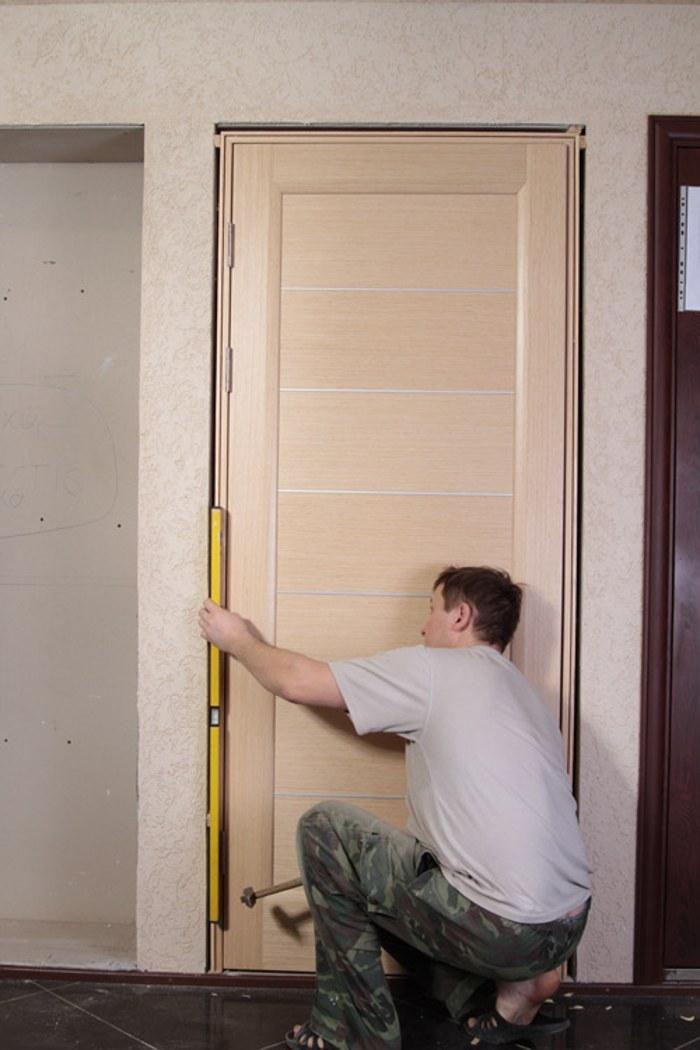 Самостоятельная установка двери