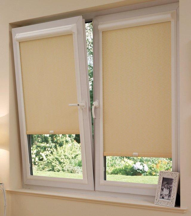 Рулонные шторы на пластиковые окна всех типов: особенности конструкций, цены, фото. Интернет-магазин гуд мастер.