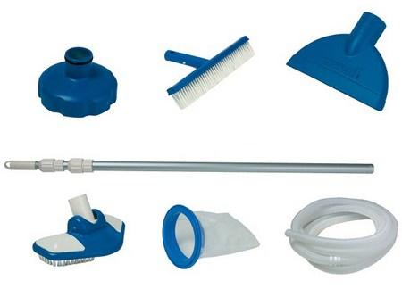 Инструменты для очистки бассейна