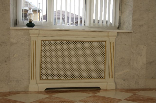 dekorativnyie reshetki na radiatoryi otopleniya