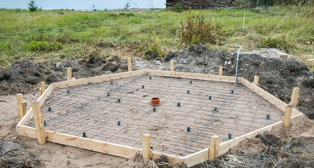 бетонный фундамент для беседки