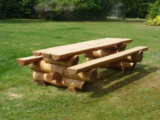 log-picnic-table