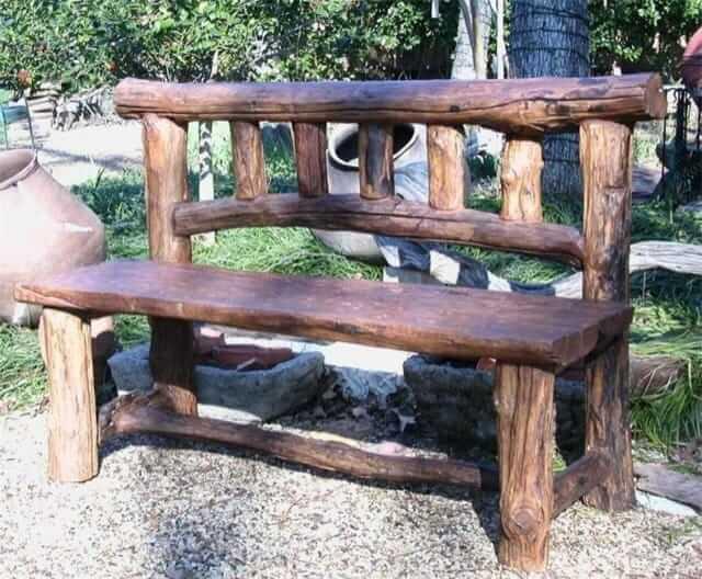 Скамейка своими руками из бревен фото