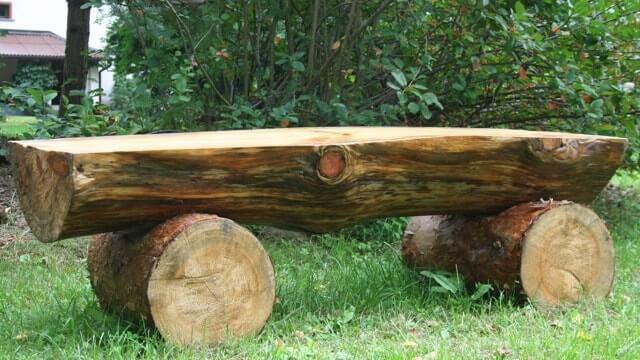 скамейка своими руками фото из бревен